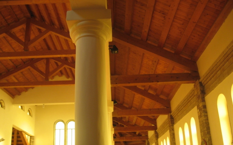 CANTIERE ALBANIA 2001  Coperture chiese in lamellare di abete